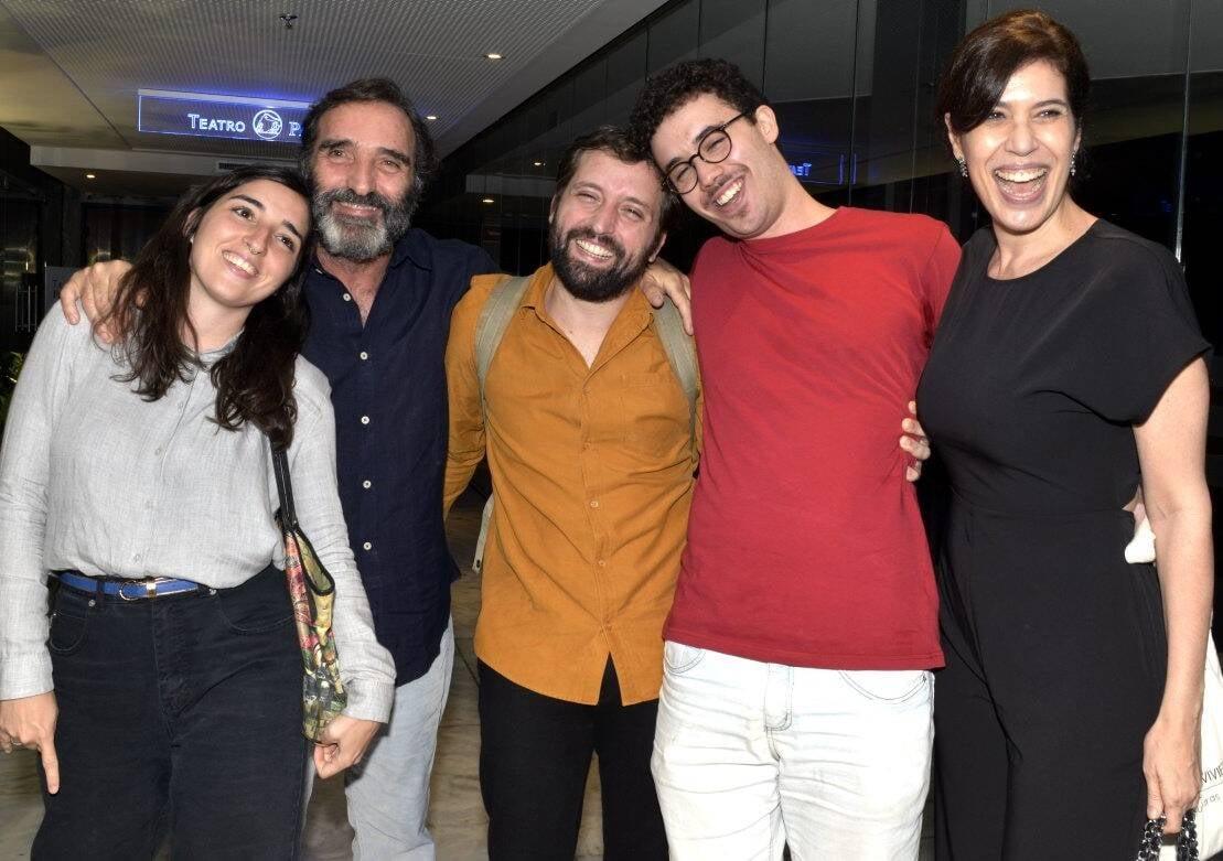 Theodora, Edgar e Gregório Duvivier, Bruno Jablonski com a mãe, Maria Clara Gueiros /Foto: Cristina Granato