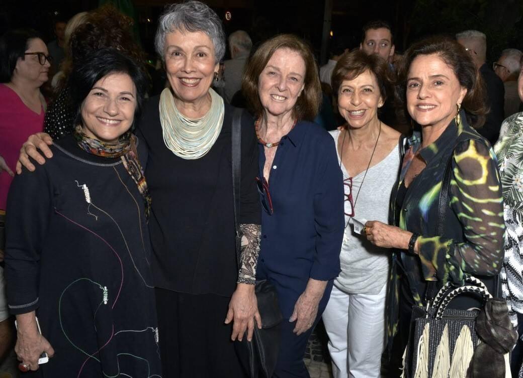 Maria Siman, Analu Prestes, Norma Thiré, Setta Freitas e Marieta Severo /Foto: Cristina Granato