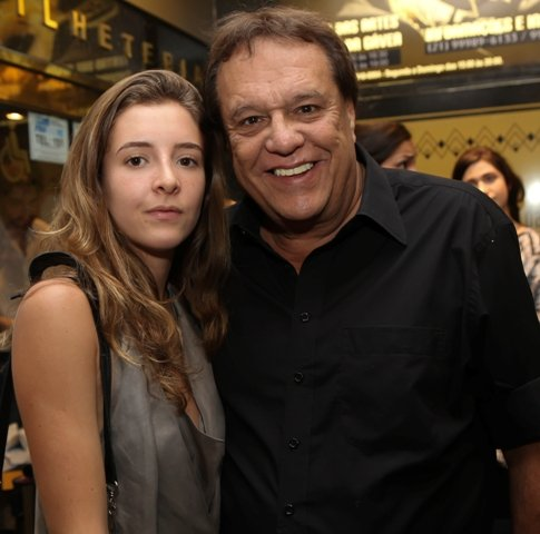 Luiza e Dennis Carvalho