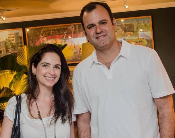 Eduarda Gielman Erick Figueira de Mello