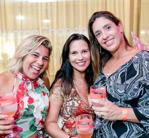 Carol Zacarias, Renata Linhares e Fabiana D'Angelo