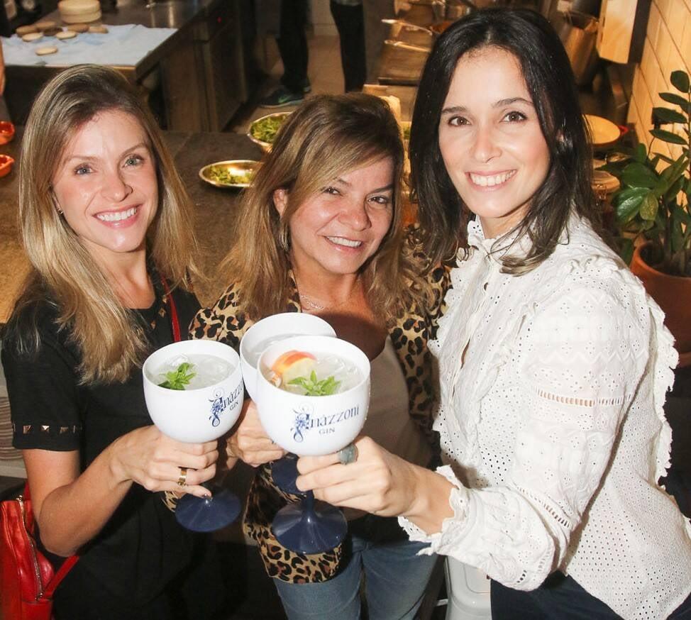 Bruna Moraes, Shirley Moraes e Luciana Teubner  /Foto: Gianne Carvalho