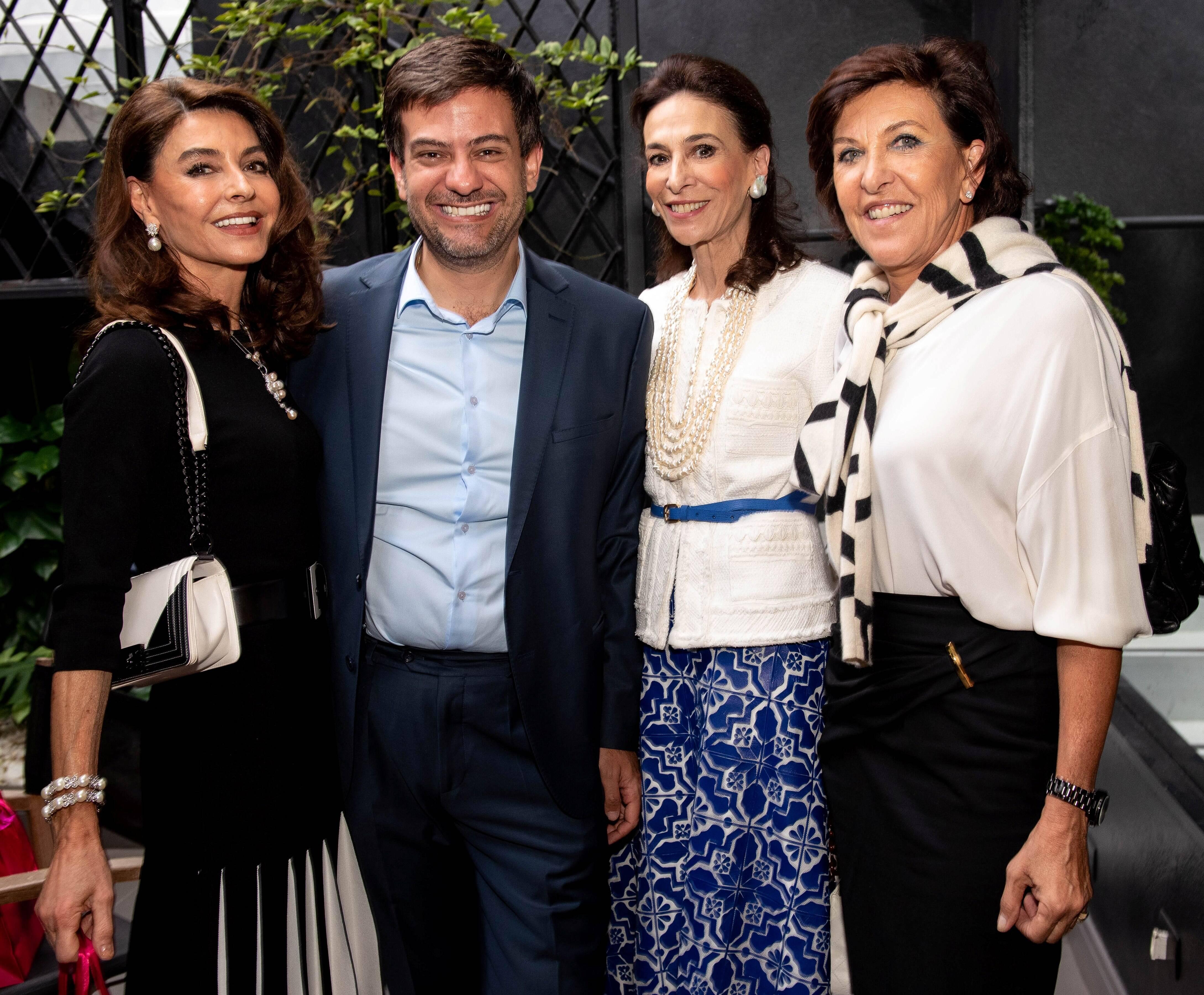 Ruth Malzoni, Bruno Astuto,Cecilia Amorim e Cristiana Neves da Rocha / Foto: Lu Prezia