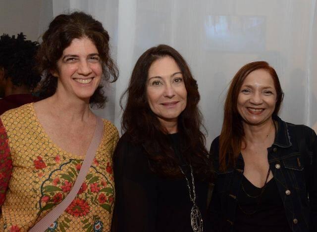 Myriam Perch, Beth Olival e Célia Pattacini