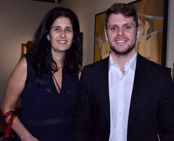 Luciana Sève e Victor Perlingero