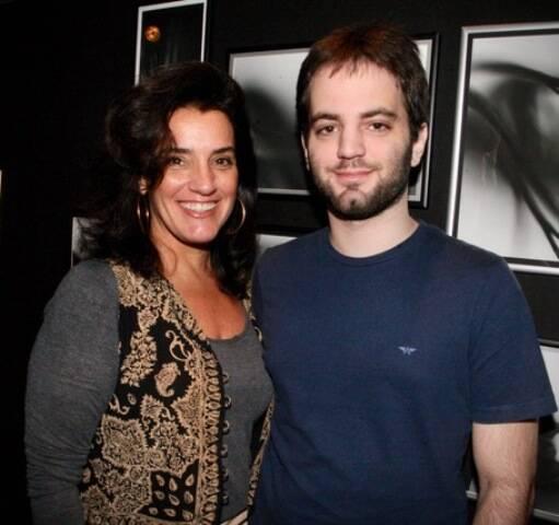 Ana Tamoyo com o filho, Felipe