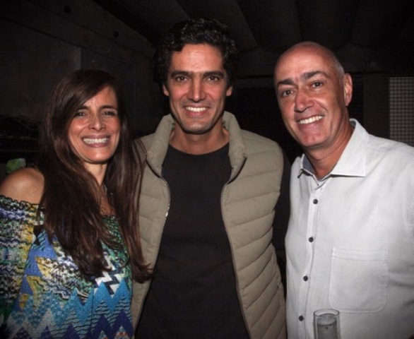 O casal Rosângela Simões e Marcelo Tepedino com Ricardo Orenstein