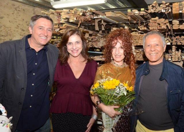 O casal Jefferson Svoboda e Monica Sanches com Susi Cantarino e Manfredo de Souzanetto