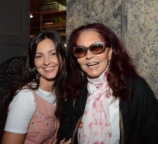 Maria Cortez e Tânia Caldas