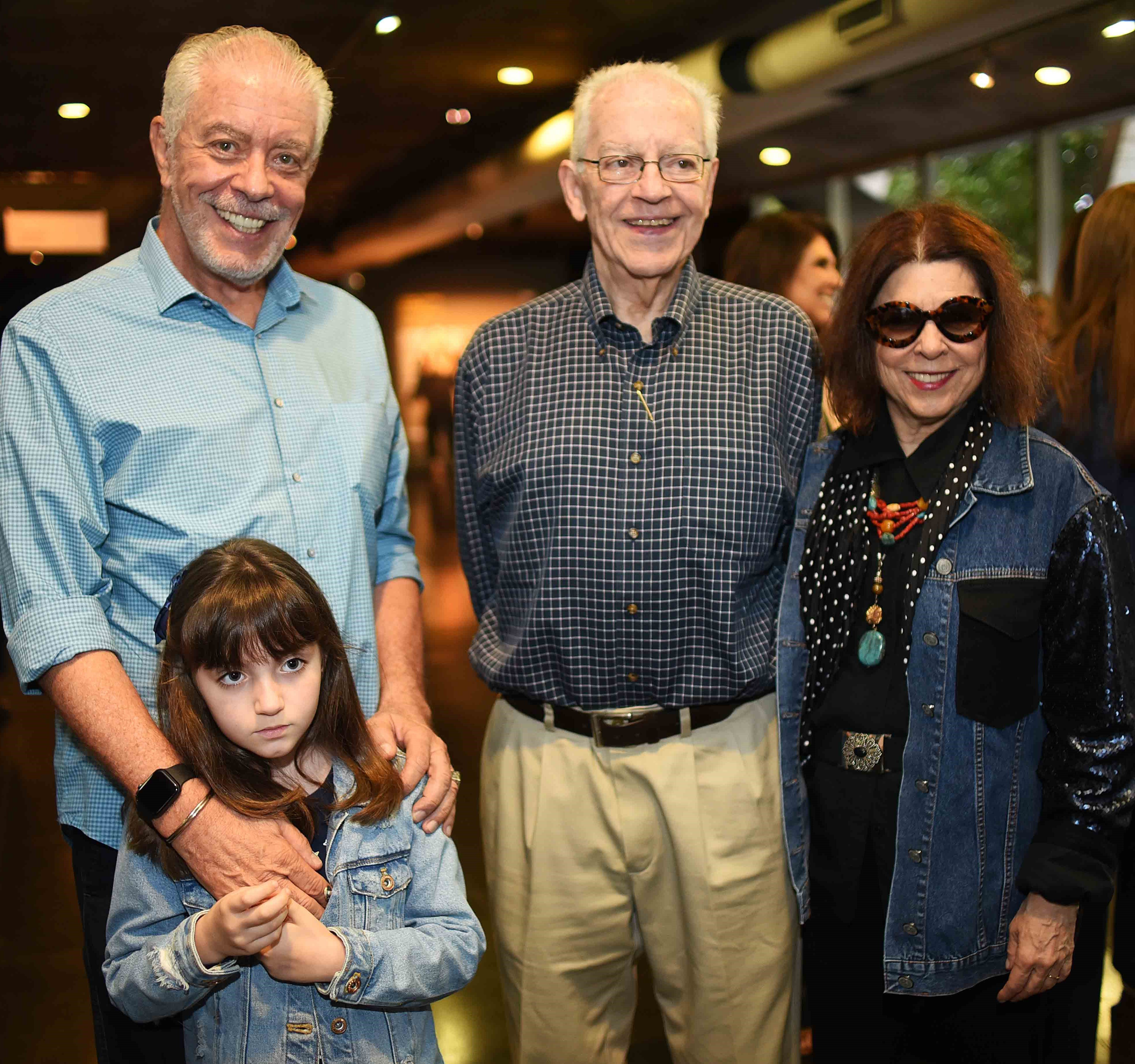 Antonio Bernardo com a filha, Gabriela Hermann, Paulo Bertazzi e Vanda Klabin /Foto: Ari Kaye