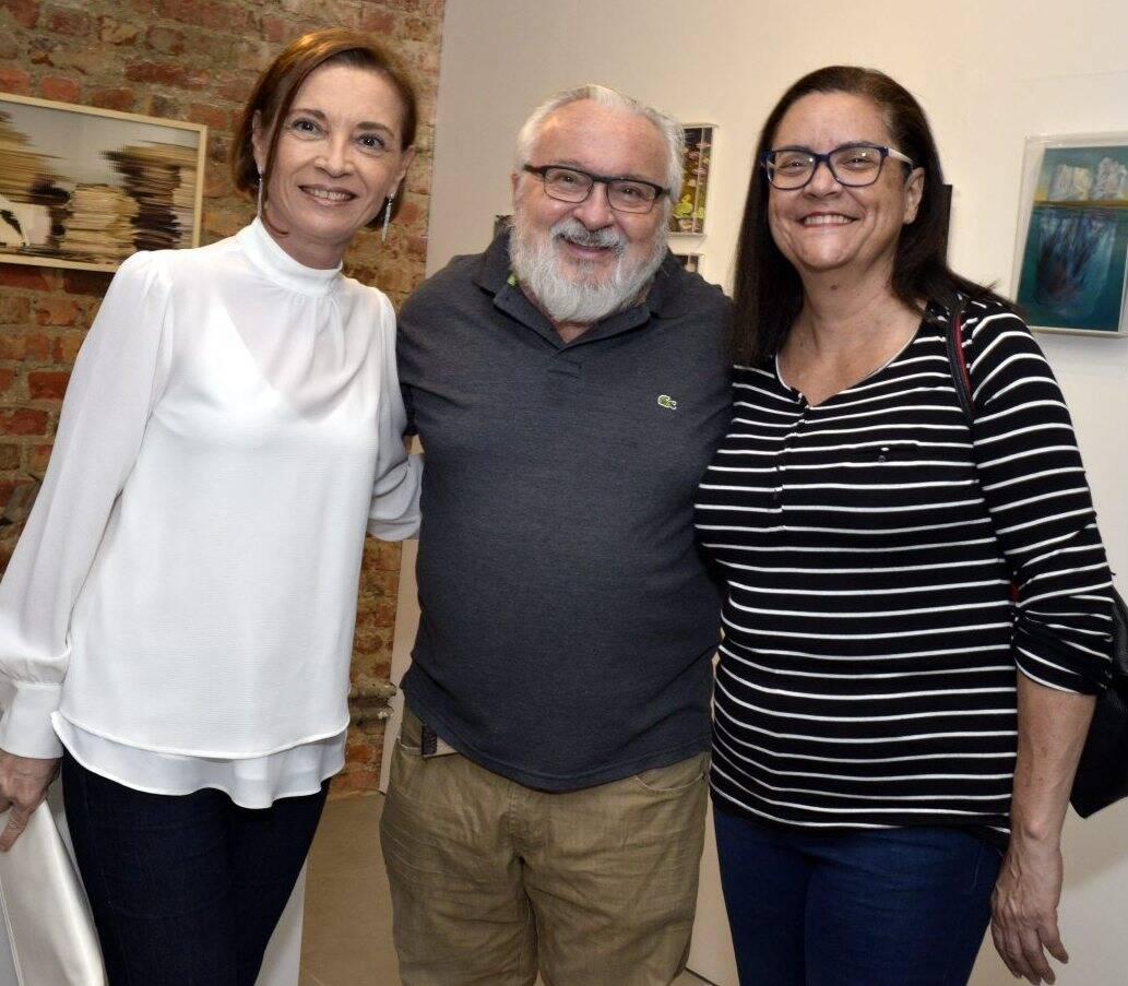 Taísa Collaço, Jozias Benedicto e Selma Jacob   -  Fotos: Cristina Granato