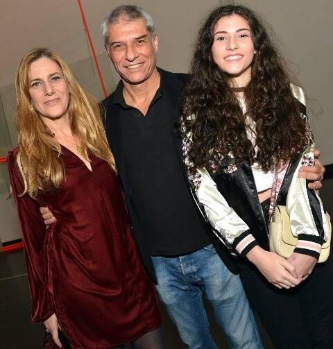 O casal Dedina Bernadelli e José Bechara com a  filha Teresa
