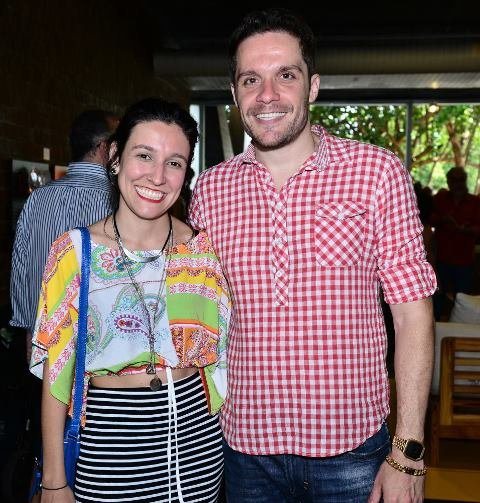 Juliana Santos e Hugo Bianco