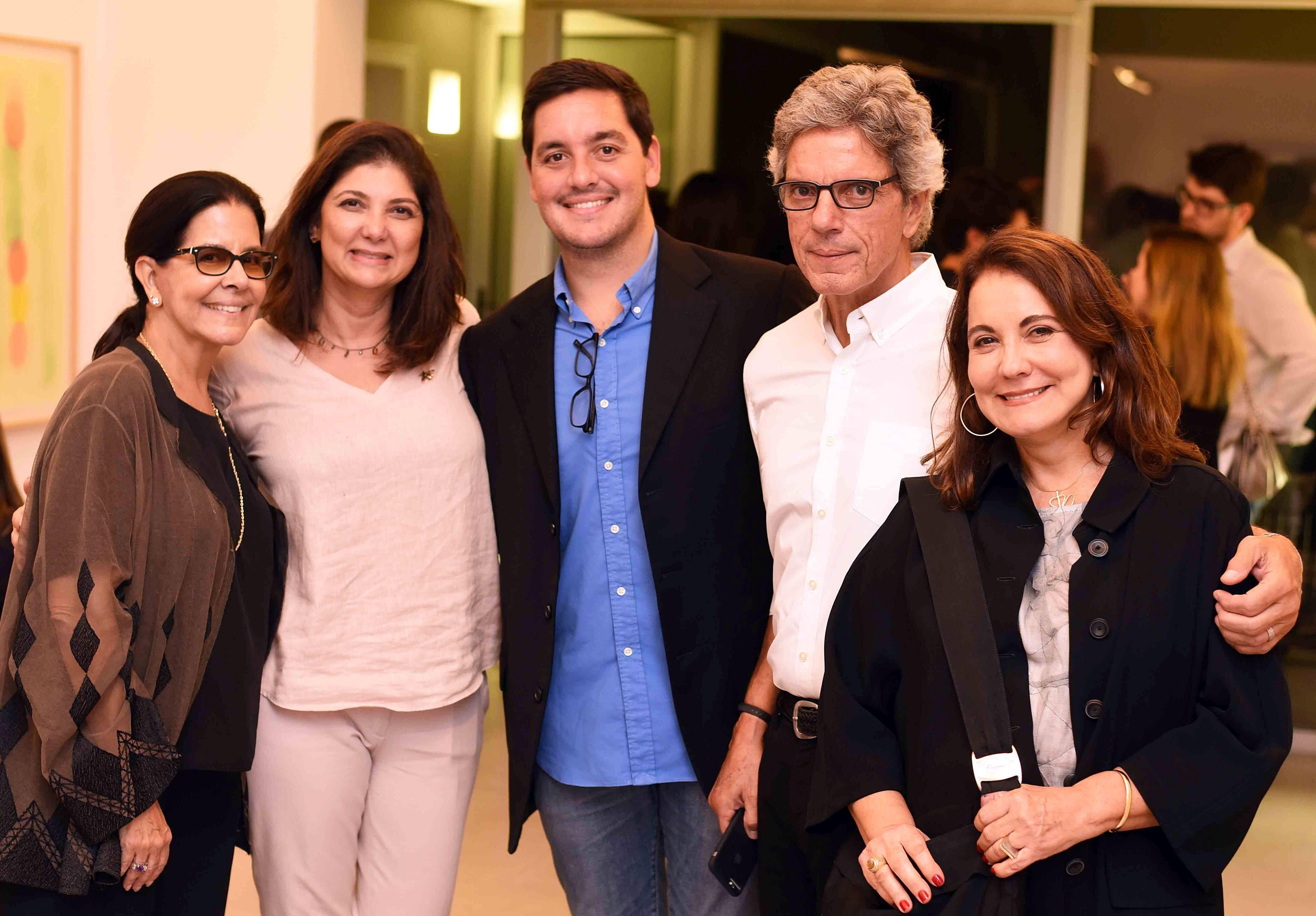 Lia Siqueira, Fernanda Pessoa de Queiroz, Felipe Siqueira Cavalcanti, João Ricardo Cavalcanti e Rosane Lavigne/ Foto: Ari Kaye