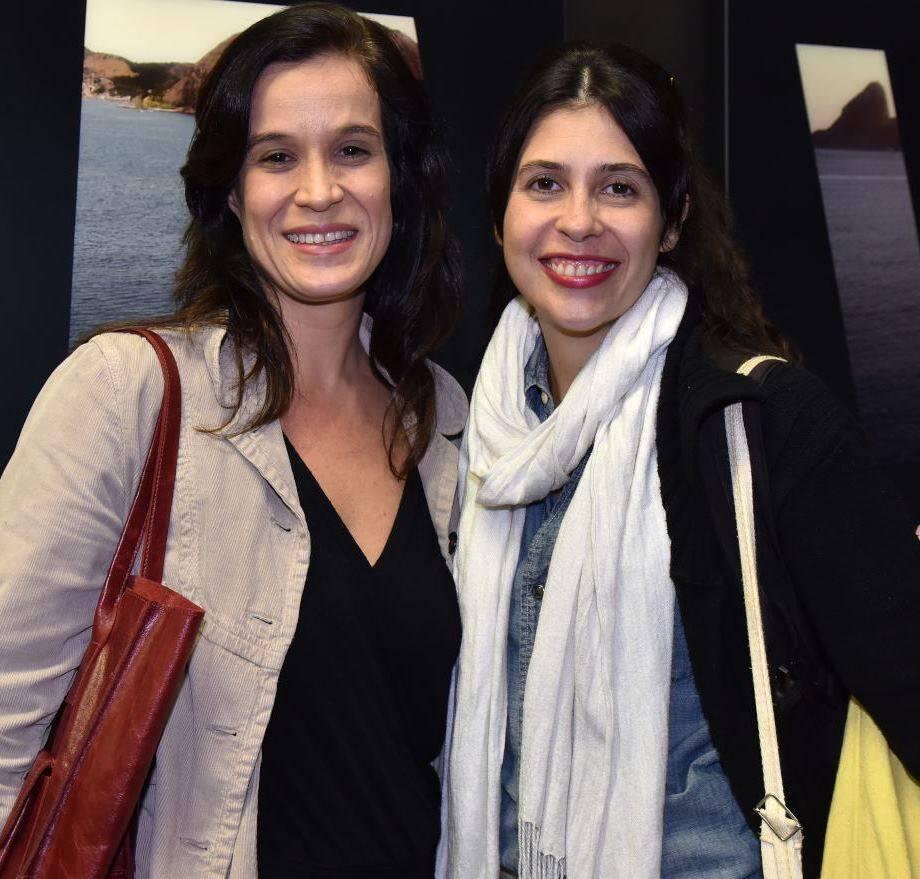 Priscila Lopes e Ísis Mello