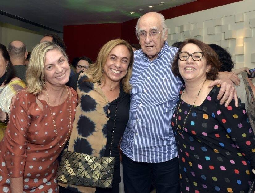 Carla Camurati, Cissa Guimarães, Zuenir Ventura e Carmen Mello   /Foto: Cristina Granato