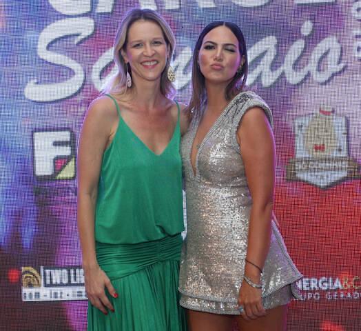 Vânia Rabel e Carol Sampaio