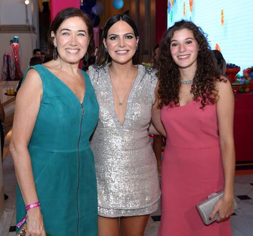 Lília Cabral, Carol Sampaio e Giulia Figueiredo