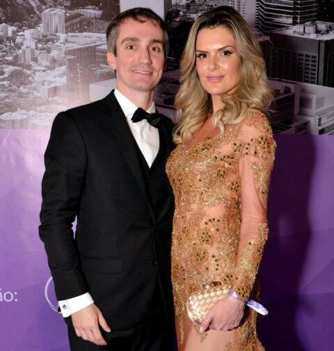 Dimitri Cardoso e Gabriela Dimatos