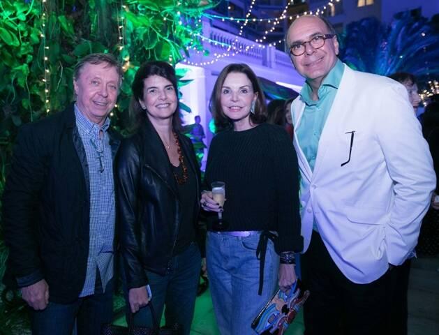 Beto e Viviane Grabowski, Patricia Mayer e Arnaldo Danemberg