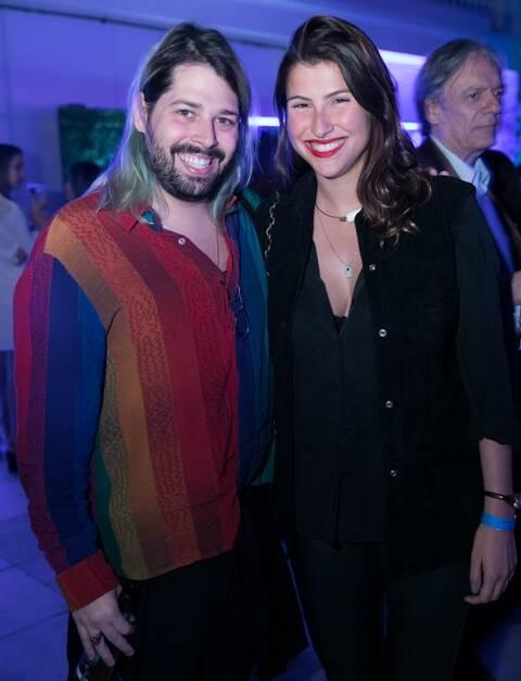 Thomaz Azulay e Lara D'Avila