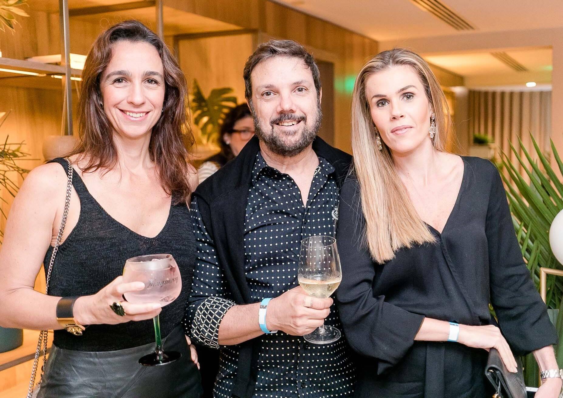Mabel Graham , Mario Santos e Juliana Neves de Castro /Foto: Miguel Sá