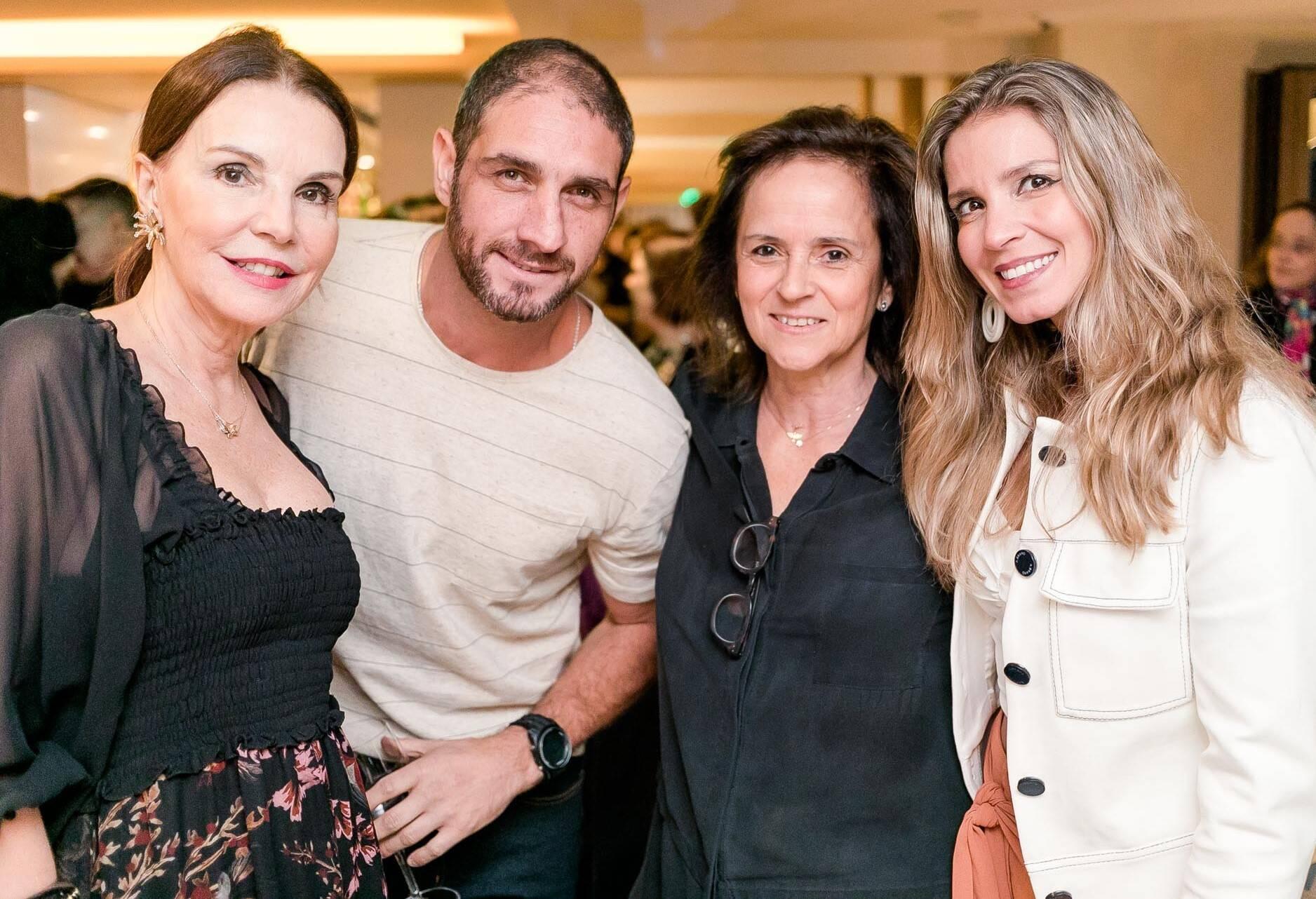 Patricia Mayer, Ari Kaye, Patricia Quentel e Aline Araujo /Foto: Miguel Sá