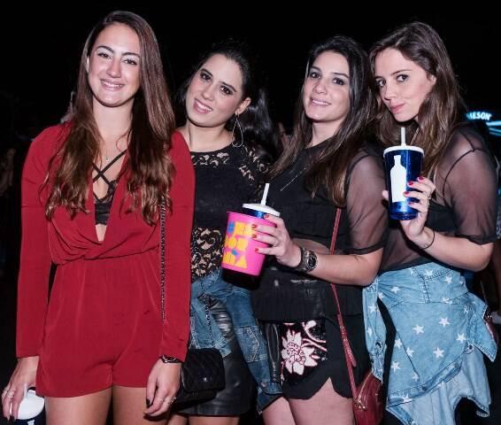Renata Muller, Andressa Benevides, Gabriela Freire e Juliana Louro