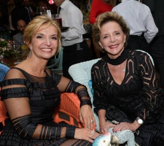 Ana lara Meirelles e Claudette Daude