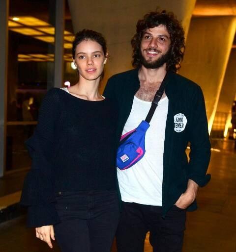 Laura Neiva e Shay Suede