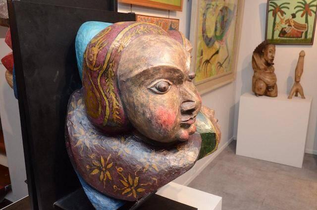 Uma das peças de arte popular da mostra de abertura da Galeria