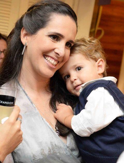 Vanessa Robert e o filho Miguel
