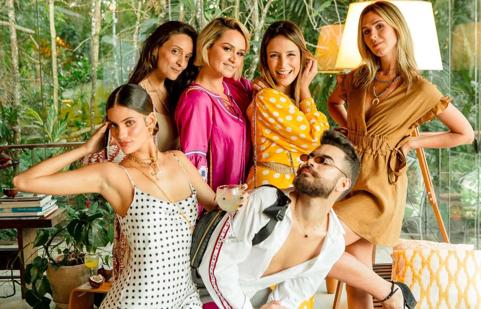 Laura Fernandez, Anna Medrado, Flávia Leite, Nívea Guimarães, Ju Miranda e Julio Barros / Foto: Bruno Ryfer
