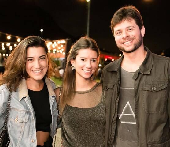 Dafne Guimarães, Joana Breves e Fernando Ribeiro