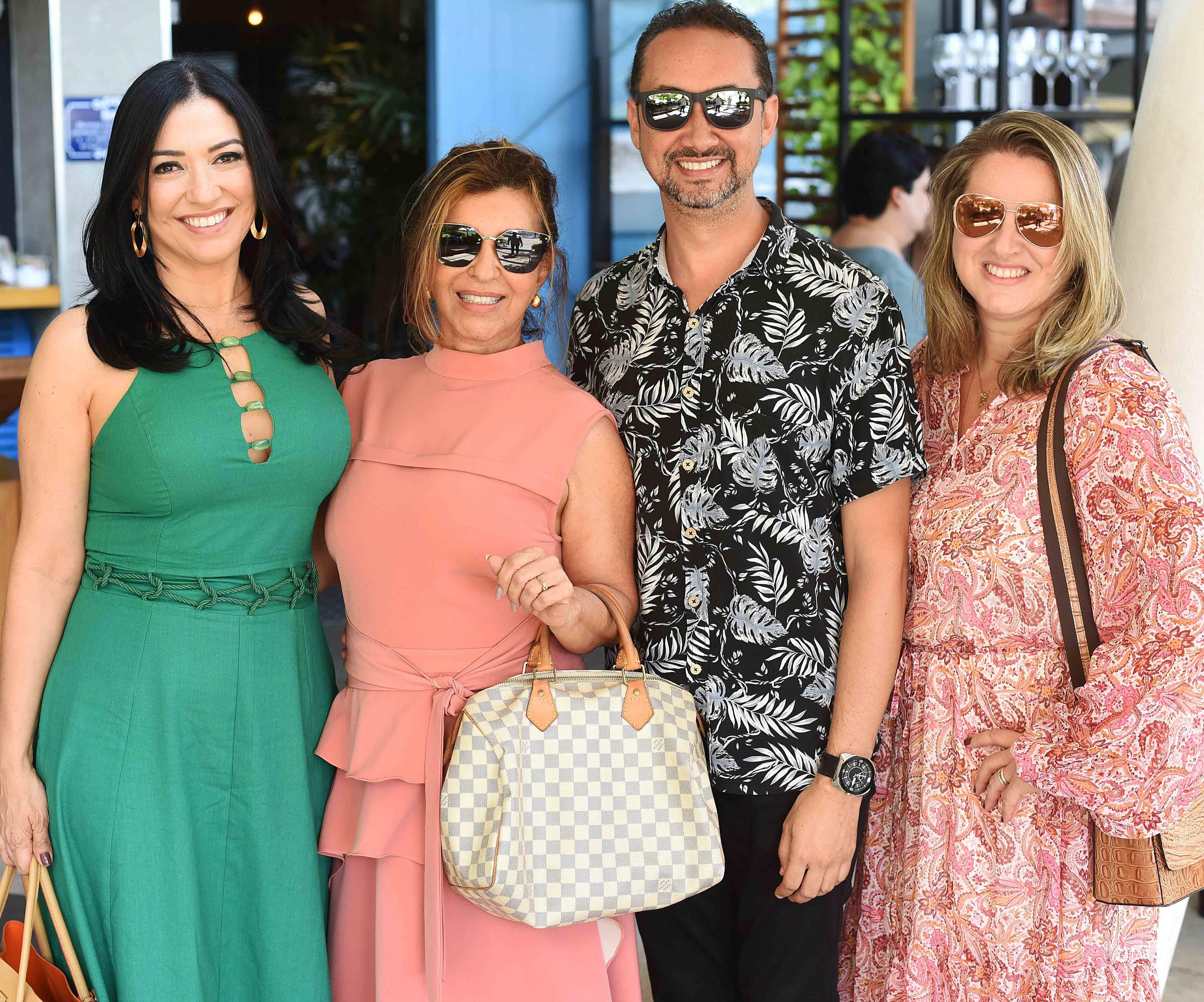 Cristina Cortes, Lenora Lohrisch,  Emerson Araujo e Ana Cano /Foto: Ari Kaye