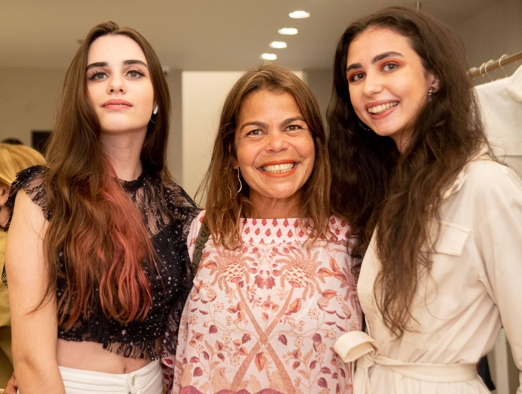 Fabíola Braga, Daniela Falcão e Rebecca Braga /Foto: Renato Wrobel