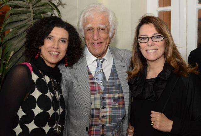 Paula Morelenbaum com o casal Ziraldo e Marcia Martins