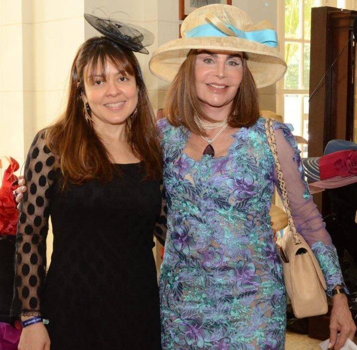 Elisa Borja e Helen Meireles de Barcellos