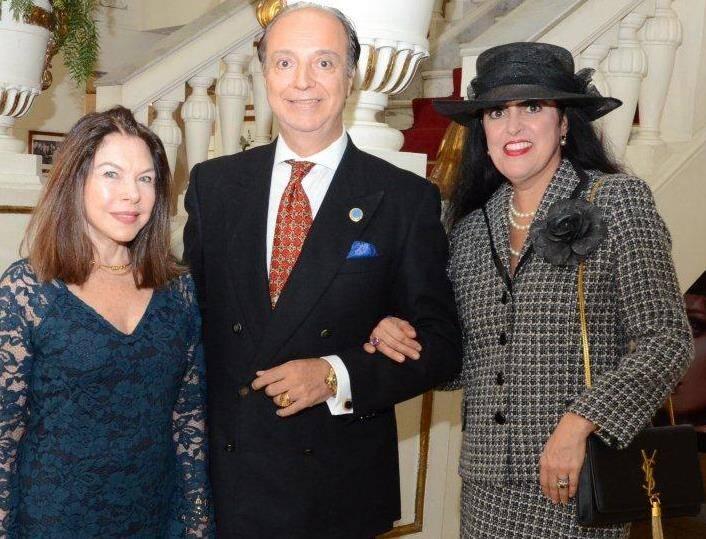 Vera Melo com o casal Mauro e Cláudia Câmara