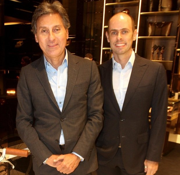 Roberto Paz e Cláudio Carvalho