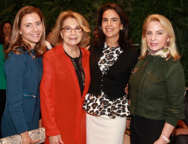 Fernanda Marcolini, Regina Marcolini, Joy Garrido e Solange Medina