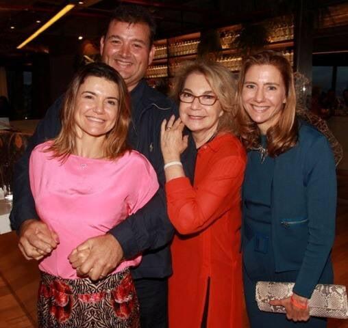 Flávia, Bruno, Regina e Fernanda Marcolini