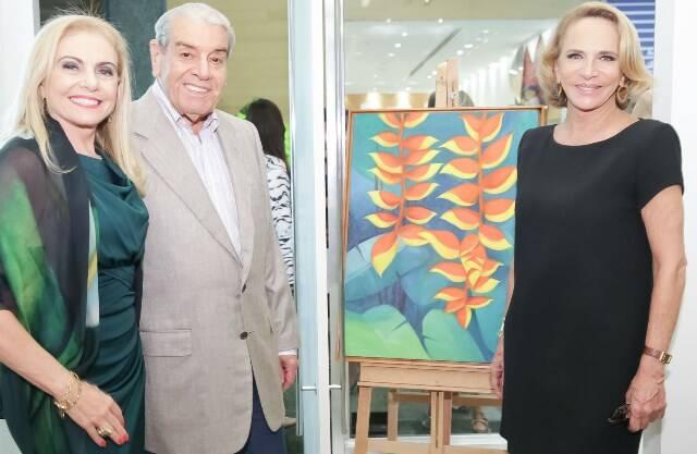 Heliana Lustman, com o marido, Carlos Fernando Carvalho e Lenny Niemeyer