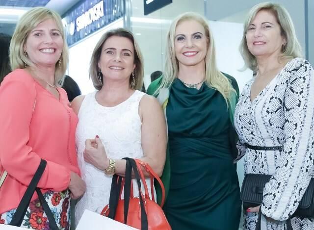 Rachel, Fany, Heliana e Miriam Lustman