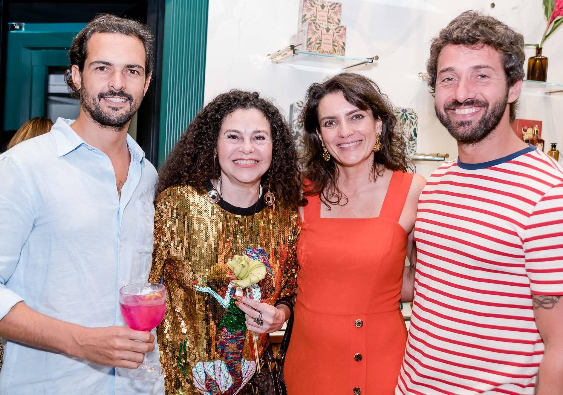 Gustavo Dale, Iara Figueiredo, Melissa Jannuzzi e Hermés Galvão  /Foto: Renato Wrobel