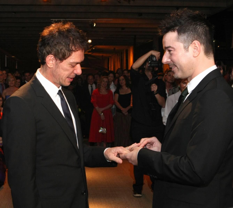 A troca de alianças entre Piva e Tufvesson, em 2011  /Foto: Arquivo site Lu Lacerda