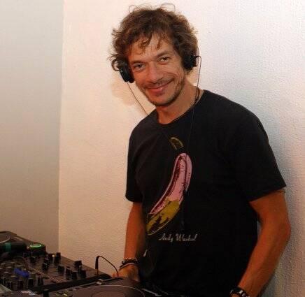 André Piva de DJ, em 2010  /Foto: Arquivo site Lu Lacerda