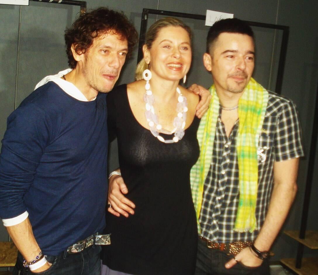 Vera Fischer entre André Piva e Carlos Tufvesson, em 2010