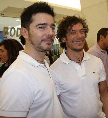 O casal Carlos Tufvesson e André Piva, em 2010  /Foto: Arquivo site Lu Lacerda