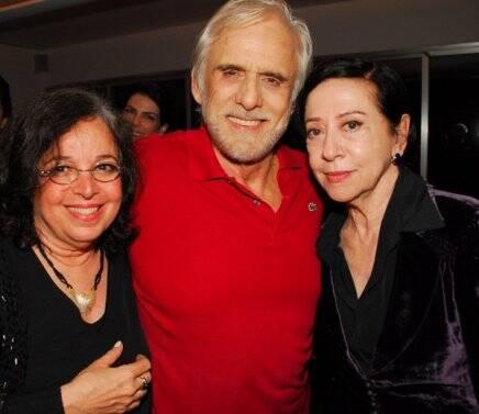 Aniversário de Camilla Amado em 2010, com Francisco Cuoco e Fernanda Montenegro /Foto: Arquivo site Lu Lacerda